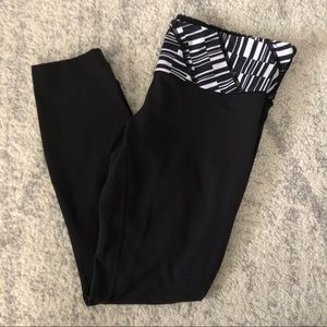 LULULEMON Black White Piano Keys Leggings Women's